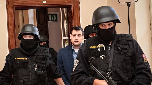 Američan Kevin Dahlgren u Krajského soudu v Brně.