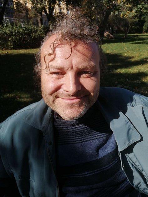 Martin Mátl, 45let, elektrikář, Rajhrad.