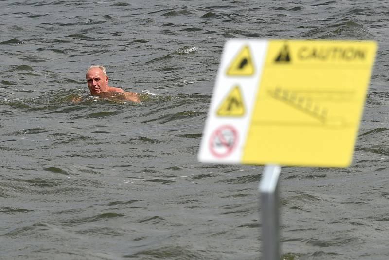 Otevření mola na Brněnské přeharadě na pláži u sirky.