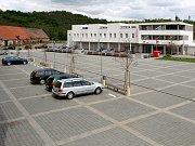 Na Náměstí 13. prosince v Oslavanech na Brněnsku přibude nová kašna se sochou permoníka.