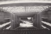 Hlediště Janáčkova divadla v 60. letech 20. století.