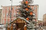 První prosincový čtvrtek přinesl první nadílku sněhu ve Znojmě.
