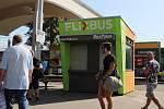 Podle zjištění Brněnského deníku Rovnost prodejna jízdenek pro autobusového dopravce FlixBus u brněnského Grandu stojí načerno.