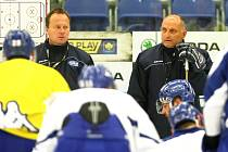 Brněnští hokejisté v neděli vyjeli poprvé na led kompletní a pod vedením trenérů. Začíná jim další část přípravy.