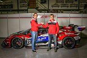 Jezdci stáje Mičánek Motorsport Jakub Knoll a Josef Záruba.