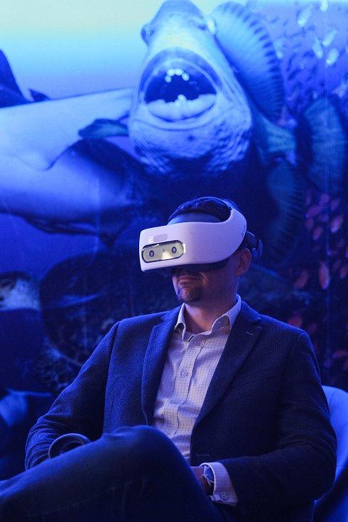 Jedinečný zážitek si pro Brňany přichystala zoologická zahrada. V sále v Radnické ulici se lidé bezpečně podívají do očí predátorům díky Virtuální expedici.