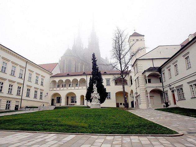 Biskupský dvůr v Brně.