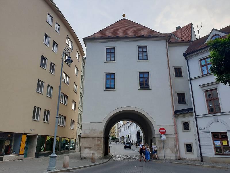 Měnínskou bránu v historickém centru Brna zrekonstruují.