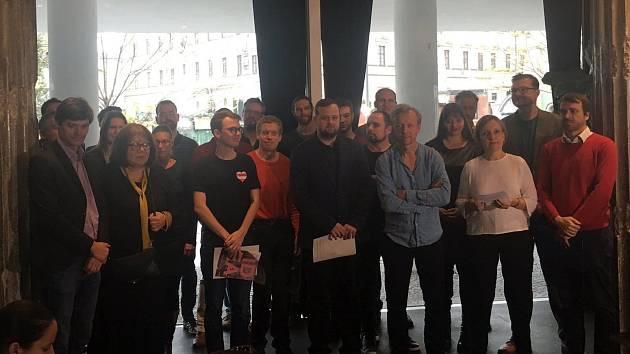 Nesouhlasí s vedením města, založili sdružení Otevřené Brno. Přijdou s Plánem B
