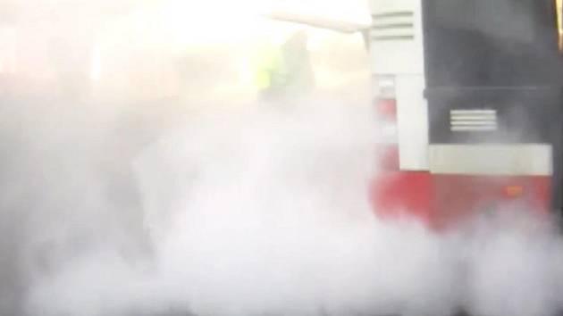 Požár motoru autobusu brněnské MHD.