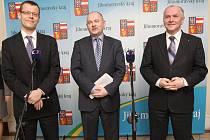 Ředitel Czech Investu Ondřej Votruba, hejtman Michal Hašek a náměstek hejtmana Stanislav Juránek