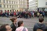 Na Malinovského náměstí se sešlo více než tisíc Brňanů.
