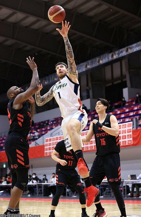 Basketbalista Patrik Auda má za sebou první sezonu v Japonsku.