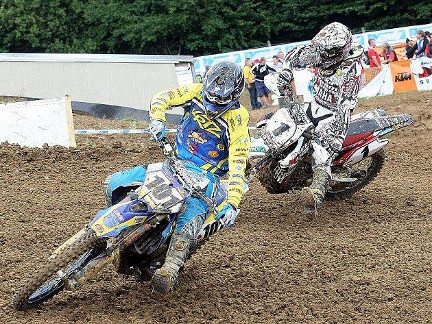 Vranov u Brna čelil kromě náporu motokrosařů také počasí. Kategorii MX2 vyhrál Francouz Richier, MX3 Michek.