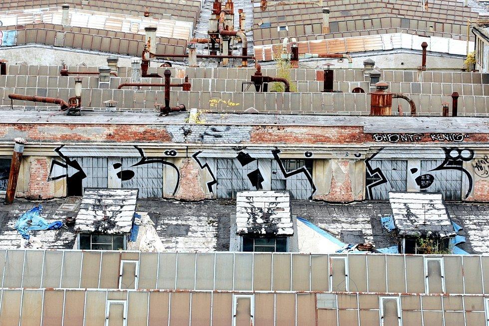 Chátrající průmyslový areál se má přeměnit na moderní čtvrť.