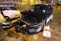 Dopravní nehoda v křižovatce ulic Koliště a Cejl v Brně.