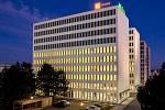 Kapacitu asi pro tisíc lidí bude mít nová kancelářská budova v brněnské Slatině.
