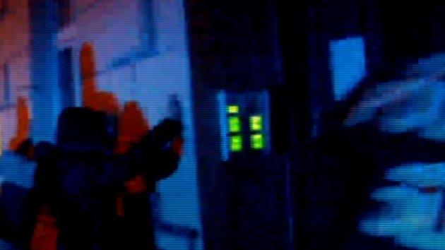 Mladík se v noci vloupal do stánku na trzích, jeho kumpána zadržela policie