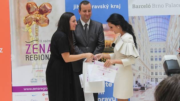 Alice Tobiášová je Ženou regionu. Lidé ocenili její charitativní práci
