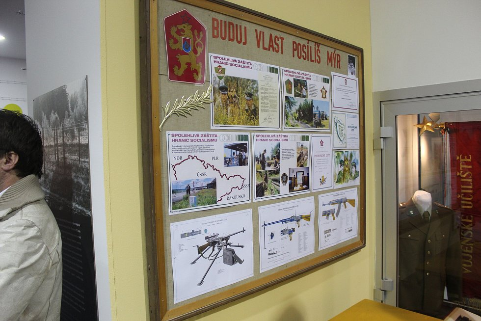 Videomapping zahájil výstavu o železné oponě v brněnském Technickém muzeu.