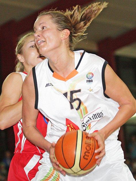 Brněnská basketbalistka Eva Vítečková.