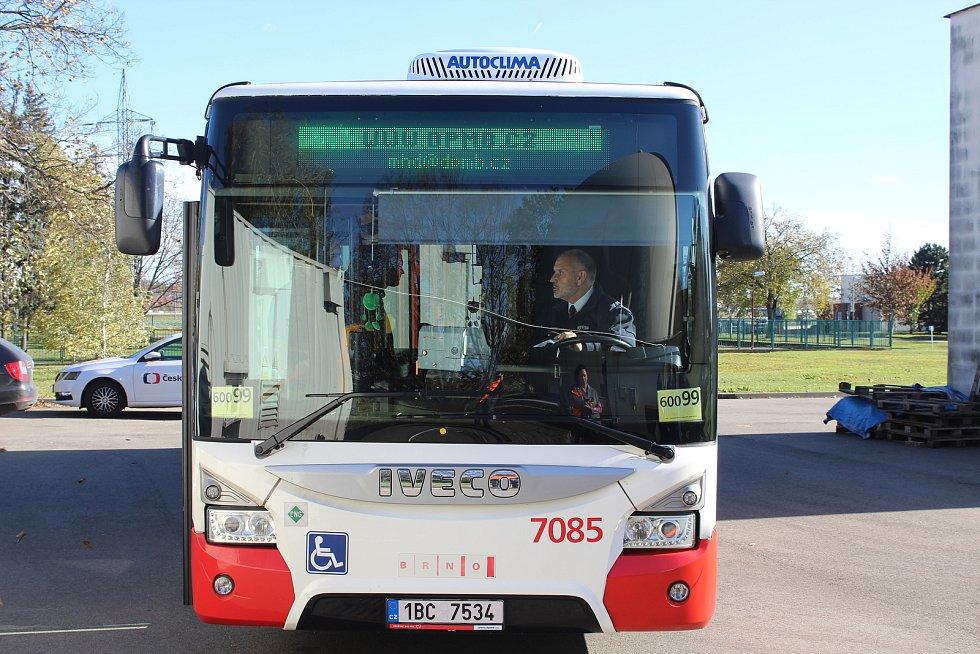 Brněnský dopravní podnik testuje autobus na bioplyn z odpadní vody.