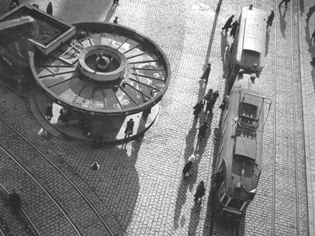 Náměstí Svobody v Brně, jak jej roku 1949 zachytil Karel Otto Hrubý.