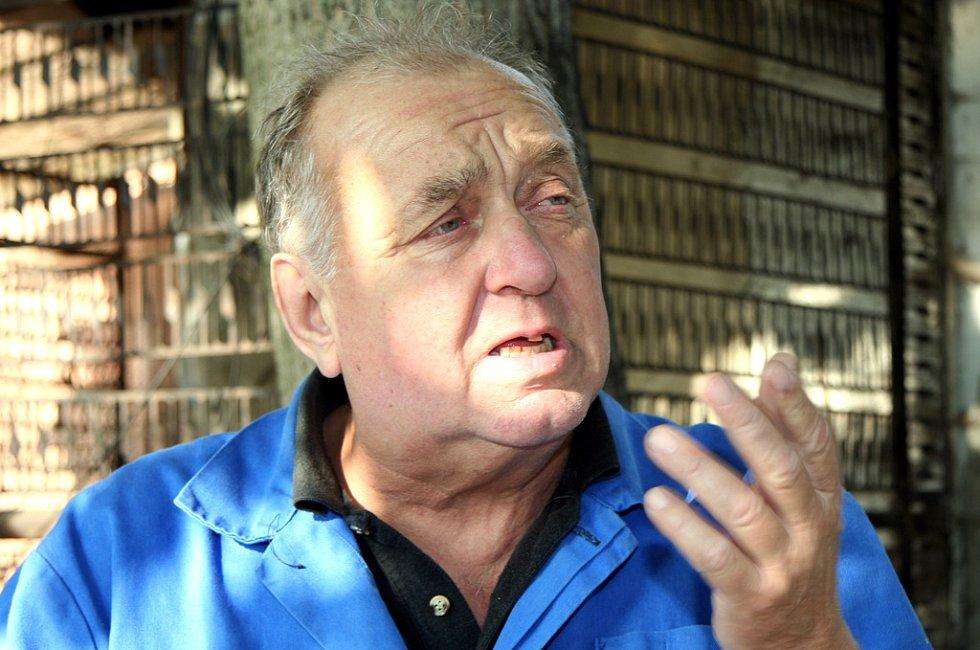 Manžel Menšíkovy sestřenice  Vladimíra Menšíka Antonín Ambrozek.
