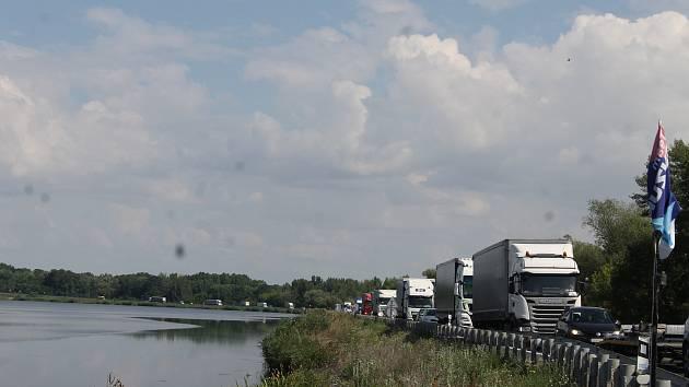 Důležitou dopravní spojnici Brna s Rakouskem uzavřou kvůli rekonstrukci.