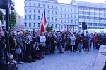 V Den české státnosti se v Brně uskutečnil pochod Kroky pro demokracii pořádaný iniciativou Společně Brno. Pochodu, na němž řečníci kritizovali současný stav české demokracie a kauzy kolem premiéra Andreje Babiče, se zúčastnilo několik stovek lidí.