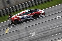 Jezdci brněnského automobilového týmu Mičánek Motosport o víkendu jasně ovládli poslední část podniku Středoevropského zónového mistrovství FIA CEZ a ESET MMSR, která se uskutečnila na brněnském Masarykově okruhu.