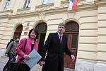 Primátor Roman Onderka a Barbora Javorová.