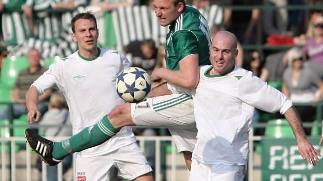 Fotbalisté Bohunic (v bílém) - ilustrační foto.