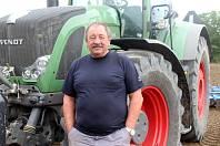 Zemědělec Petr Chaloupka pracuje v zemědělství přes čtyřicet let. Podobnou situaci s hraboši nezažil.