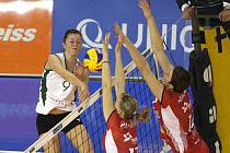 Volejbalistky KP Brno v utkání s Dabrowa Gornicza.