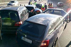 Hromadná nehoda na dálnici D1. Ilustrační foto.
