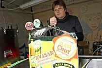 Na nádvoří brněnské Staré radnice mohli lidé chutnat z několika pivních speciálů šesti pivovarů.