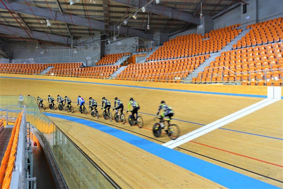 Dráhoví cyklisté brněnské Dukly strávili další dva týdny na soustředění v Bulharsku.