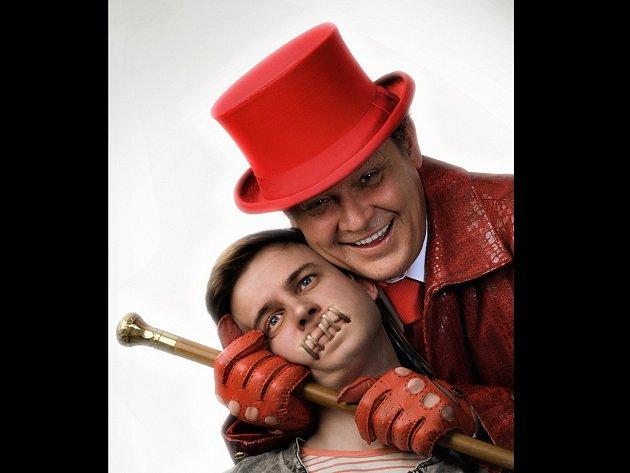 Muzikál Prodaný smích měl svoji světovou premiéru před necelými třemi roky v Německu.