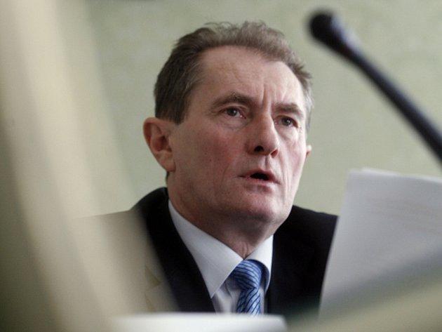 Senátor Josef Novotný.