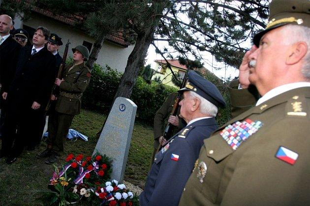 Odhalení pomníku v Brně Slatině