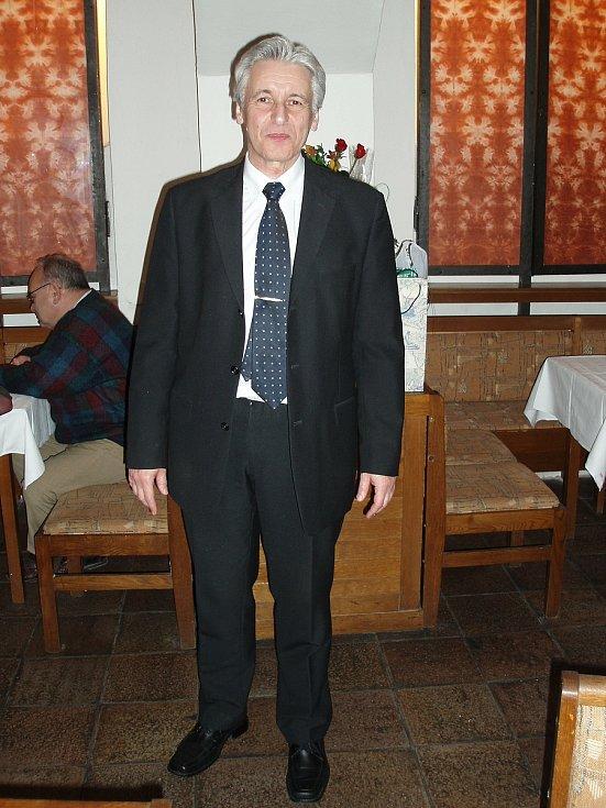 Dne 5. května zemřel profesor Jaroslav Vaculík ve věku 74 let. Poslední rozloučení s ekoná v pátek 14. května ve 14.45 hodin v obřadní síni krematoria v Jihlavské ulici.