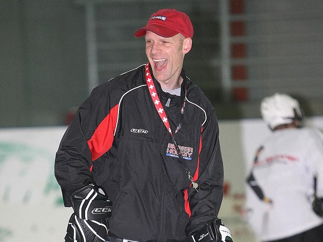 Americký trenér Sean Skinner v Brně.