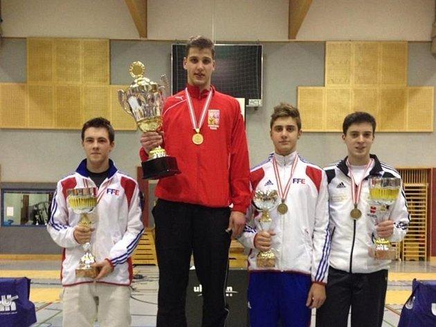 Alexander Choupenitch (v červené bundě) vyhrál ve Vídni třetí závod Světového poháru v řadě