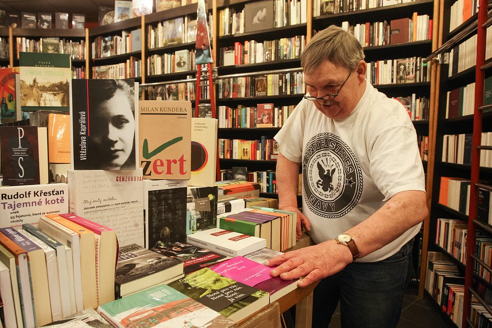 Knihkupectví Michal Ženíšek v brněnské Alfa pasáži.