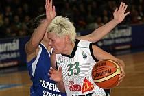 Basketbalistky Frisko Sika Brno porazily maďarský Szeged.