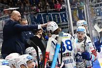 Hokejisté Komety deklasovali v závěrečném utkání roku Karlovy Vary i díky hattricku Petera Muellera.