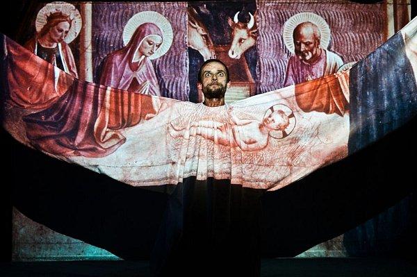 Ježíškova košilka vDivadle Ustolu.