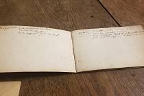 Dosud neznámý zápisník Antonína Rejchy.