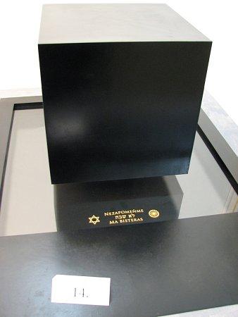 Návrhy památníku věnovanému obětem holocaustu. Vítězný návrh.